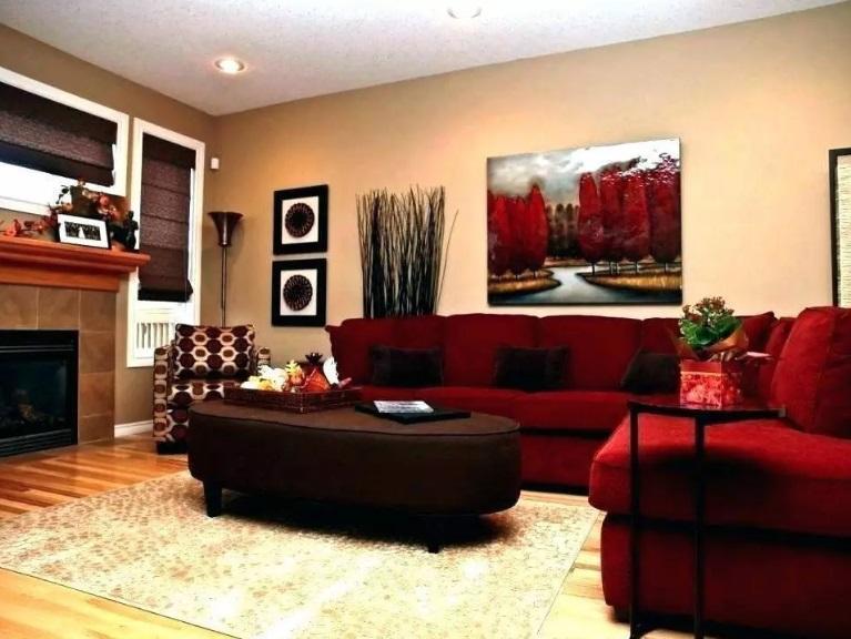 Sufrageria cu canapele rosii